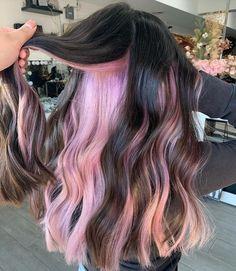 Purple Peekaboo Hair, Dark Pink Hair, Hair Color Pink, Hair Dye Colors, Cool Hair Color, Blonde Peekaboo Highlights, Colored Highlights Hair, Hair With Color, Peekaboo Color