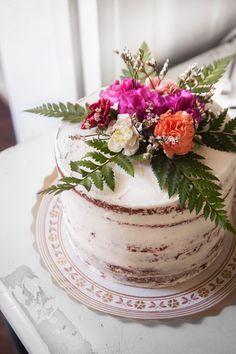Table Decorations, Cake, Desserts, Furniture, Food, Home Decor, Tailgate Desserts, Deserts, Decoration Home