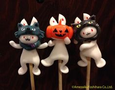 Japanese Traditional Lollipops by Amezaiku Yoshihara - Holloween Japanese Candy, Japanese Sweets, Japan Crafts, Candy Art, Japanese Design, Food Humor, Cute Food, Food Art, Sweet Recipes