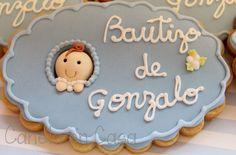 Tartas personalizadas y Galletas Bautizo    TARTA BAUTIZO      El bautizo es uno de los acontecimientos más importante en la vida del niño ...