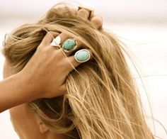 I have a weird obsession with rings.. And I love these.