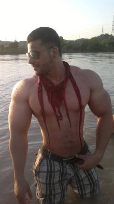 Real Hot Arab Guys: Photo