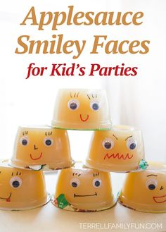 Applesauce Smiley Faces - Kid Party Snacks, healthy kids party snacks, applesauce for kids School Party Snacks, Class Snacks, Classroom Snacks, Healthy School Snacks, Preschool Snacks, School Treats, Healthy Kids, School Lunch, Sunday School