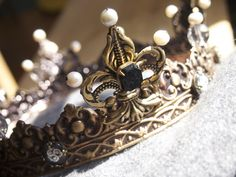 Detail of an SCA coronet for a baroness Made by Baroness Estridh…