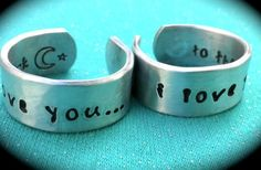 GroopDealz | Love You to The Moon Ring Set