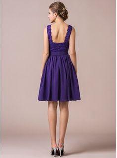 A-Line/Princess V-neck Knee-Length Chiffon Lace Bridesmaid Dress (007056566) - JJsHouse