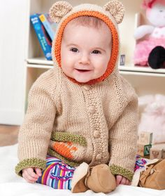 Baby Bear Hoodie Free Knitting Pattern from Red Heart Yarns Baby Knitting Patterns, Teddy Bear Knitting Pattern, Knitting For Kids, Baby Patterns, Free Knitting, Vintage Patterns, Sewing Patterns, Toddler Sweater, Baby Knitting