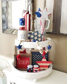 July Tiered Tray decoration ideas to glam up your home in Patriotic Spirit - Hike n Dip - - Make your July decoration even more special with the best July Tiered tray decoration ideas. These Patriotic Day decorations are easy to do. Fourth Of July Decor, 4th Of July Decorations, 4th Of July Party, July 4th, Holiday Decorations, Seasonal Decor, Tray Styling, Tiered Stand, Tiered Server