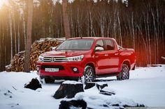 Toyota Hilux 2015: фермер надел смокинг | Alexey Zaytsev