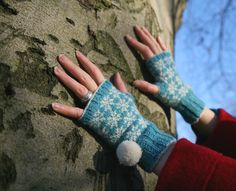 Ravelry: Snawpaws pattern by Kate Davies £2.75 - mitts and wristwarmers