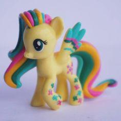 2955142552f Hasbro My Little Pony Blind Bag Pony Rainbowfied Fluttershy Beautiful FS8 1