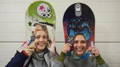 Melanie Ruff und Mone Melda upcyclen alte Snowboards zu #Longboards und geben ihnen richtig wienerische Namen wie #Fiaker, fesche #Sopherl und Pummerin. Snowboards, Alter, Vienna, Surfing, Hats, City Life, Names, Hat, Surf