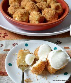 Papanasi fierti cu branza de vaci si pesmet Savori Urbane (3) Romanian Desserts, Romanian Food, Baking Recipes, Cookie Recipes, No Cook Desserts, No Bake Cake, Sweet Recipes, Deserts, Good Food