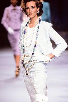 Tatjana Patitz - CHANEL Runway Show 1990'