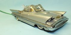 ALPS LINCOLN FUTURA CONCEPT CAR TIN BATTERY OPERATED REMOTE CONTROL TOY w/Lights | Toys of Times Past