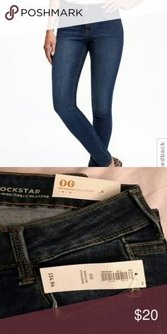 New old navy rockstar blue jeans sz 00 New old Navy rockstar blue jeans sz 00. Old Navy Jeans Skinny
