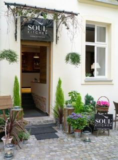 Soul Kitchen Restaurant in Warsaw Indoor Outdoor, Outdoor Decor, Store Fronts, Warsaw, Weekend Getaways, Old World, Great Places, Facade, Around The Worlds