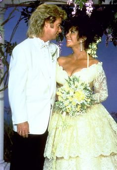 #Wedding No. 8 Elizabeth Taylor & Larry Fortensky 1991 not vintage but had to go with other vintage Liz....