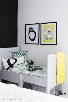 Idee couture : coussin esperluette - http://blogs.cotemaison.fr/etcaetera/2014/01/20/paapii-design-le-design-scandinave-pour-les-enfants/