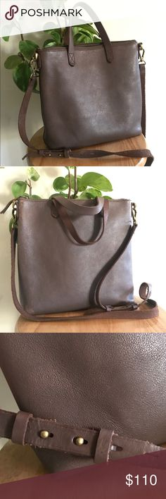 Madewell Transport Crossbody full zip dark brown Madewell Transport Crossbody in great condition with very light wear. In dark brown which is sold out/unavailable retails at $148 so cute and popular! Madewell Bags Crossbody Bags