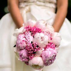 Morlotti Studio - Sweetness of the bride   Bouquet - Pink bouquet #wedding #bouquet #bride #bridal #flowers #matrimonio