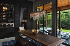 Urban-Contemporary-Home-Rosewood-Custom-Builders-03-1-Kindesign.jpg 1,500×996 pixels