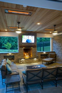 21st Century Outdoor Living in Clifton, VA | Features includ… | Flickr