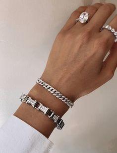 Men's Jewelry Rings, Hand Jewelry, Jewelry Accessories, Women Jewelry, Pandora Jewelry, Jewelry Shop, Silver Jewelry, Jewellery, Gold Bracelet For Women