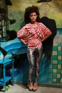 """""""Flores de piel y Sangre"""" una colección con toques artesanales…pero sobre todo con un genial concepto detrás!!!  http://www.facebook.com/pages/Lacayo-Pez-Prendas-Experimentales/263209390376930?ref=hl"""