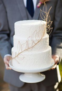 We're Falling for these 12 Fall-Inspired Wedding Cakes Three tier white wedding cake with gold leaf detail is a simple and elegant option for your big day. Big Wedding Cakes, Floral Wedding Cakes, Amazing Wedding Cakes, Wedding Cake Rustic, Elegant Wedding Cakes, Wedding Cake Designs, Wedding Cake Toppers, Wedding Ideas, Wedding Colors