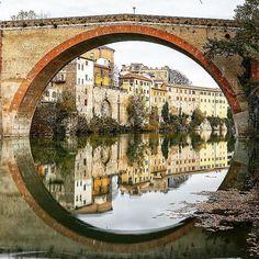 Il cerchio perfetto #volgoitalia #volgomarche #vivo_italia #yallersitalia #yallersmarche #place #italian_places #italy #Italia #marchetourism #marche #ponte #bridge #ig_worldclub #igclubaward #ig_today #ig_pesaro #ig_pesaro #ig_marche #ig_italy #ig_italia #italia365 #italia360gradi #topitalyofficial #viaggioinitalia #viaggionellemarche by fragarbo65