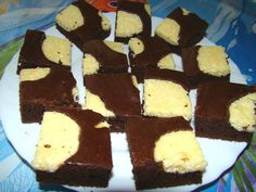 Bocisüti Sweet Cookies, Pound Cake, Sweet Recipes, Food And Drink, Sweets, Tibetan Terrier, Muffin, Marble Cake, Crack Cake