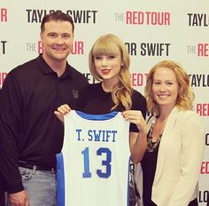 Taylor Swift + Kentucky basketball
