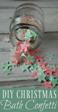 DIY Christmas Bath Confetti! Who knew you could make your own bath confetti! This makes such a great (and easy) holiday gift! No artificial dyes, no fake fragrances!
