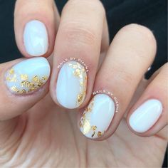 Foil Nail Art, Foil Nails, White Manicure, White Nails, Chic Summer Outfits, Transfer Foil, Summer Nails, You Nailed It, Nail Art Designs