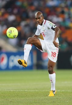 Charles+Kabore+Nigeria+v+Burkina+Faso+2013+kdfpeZiMSYul.jpg (406×594)