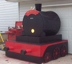 Hogwarts express only much smaller out of a cardboard box?