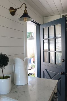 Would love to have a Dutch Door!