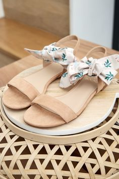 BOCAGE   SEASON PAPER   Sandale JUDYE Sandales Femme, Chaussures Homme,  Bocage, Look daf9b88b8048