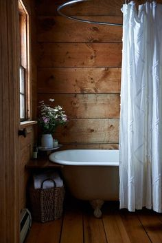 Rustic bathrooms 639300109589765384 - You are planing to design your house in this style? Let's check the best rustic bathroom ideas this year! Source by dovenda Rustic House, Bathroom Inspiration, Cabin Style, Bathrooms Remodel, Cabin Bathrooms, House, My Scandinavian Home, Rustic Bathrooms, Bathroom Design