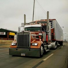 Kenworth custom with matchin reefer Big Rig Trucks, Semi Trucks, Lifted Trucks, Cool Trucks, Custom Big Rigs, Custom Trucks, Diesel Trucks, Trailers, Freightliner Trucks