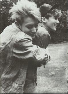 TAO & CHEN [ Die Jungs Photobook ] #exo