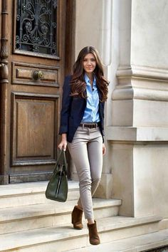 Good color, shape and will be a good for business casual Fall Outfits For Work, Classic Outfits For Women, Classic Style Women, Blazer Outfits Casual, Blazer Outfits For Women, Business Casual Outfits, Formal Attire Women Business, Business Attire, Office Dresses For Women
