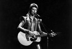 """Der Gestaltwandler Bowie bei seinem letzten Auftritt als """"Ziggy Stardust"""" in..."""
