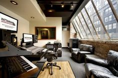 The 8 best Office/Music Studio images on Pinterest | Music rooms ...