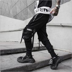 Urban Joggers, Men's Streetwear, Mens Fashion Mens Jogger Pants, Mens Sweatpants, Men Pants, Pantalon Streetwear, Streetwear Fashion, Camouflage Cargo Pants, Black Harem Pants, Pantalon Cargo, Japanese Streetwear