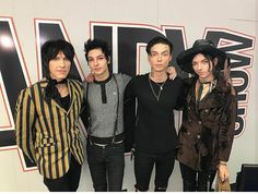 Palaye royale went on the Andy show and this is one of the best picture ever taken