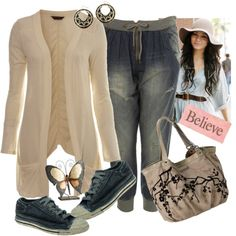 Winter Casual Wear for Women (I hate those jeans, but the rest is cute...especially the purse)