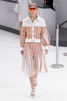 chanel show in cuba 2016 | Chanel-spring-2016-fashion-show-the-impression-068