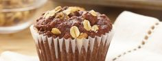 Cocoa Oatmeal Muffins- With yummy cocoa and hearty oats, these muffins are a great way to start your morning right. Muffin Recipes, Cupcake Recipes, Baking Recipes, Cupcake Cakes, Dessert Recipes, Cup Cakes, Mini Cakes, Muffin Cacao, Cupcakes Tiramisu